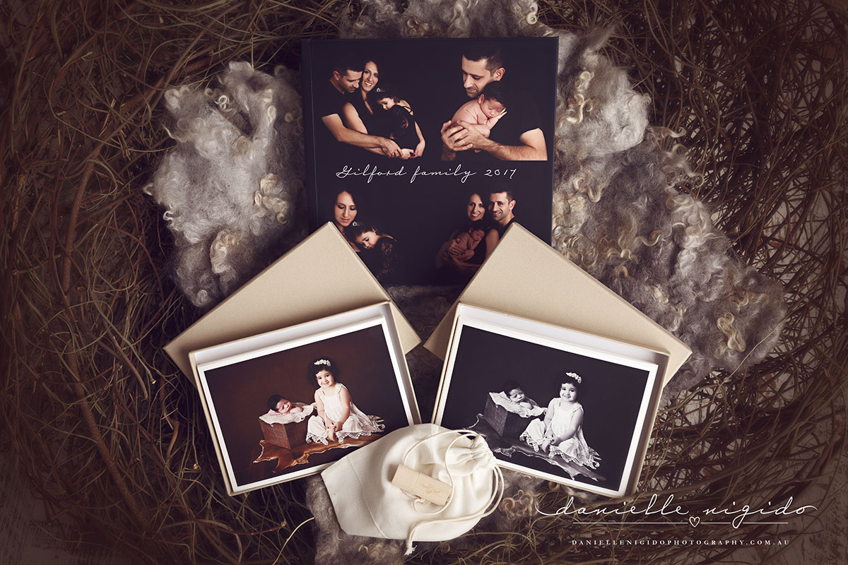 newborn photogrpaher