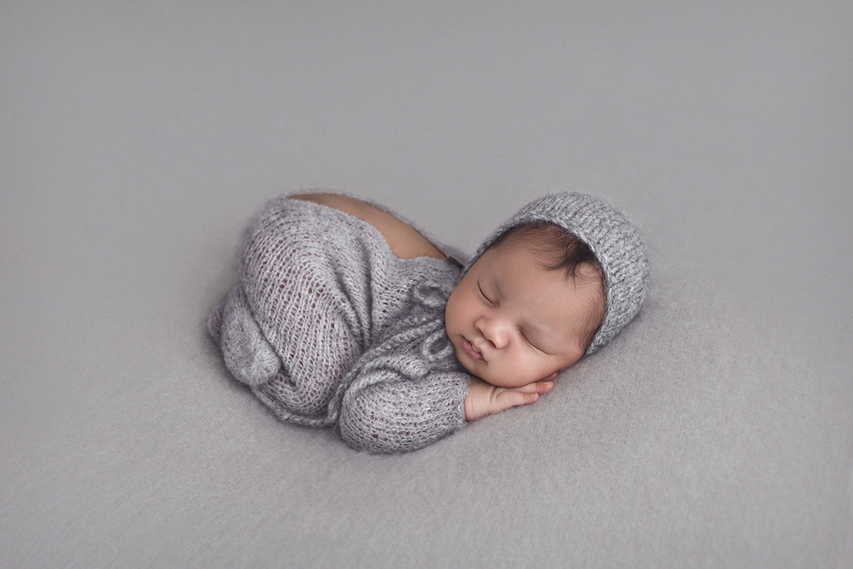 Danielle Nigido Photography, Newborn Photography Melbourne, Home Page Image