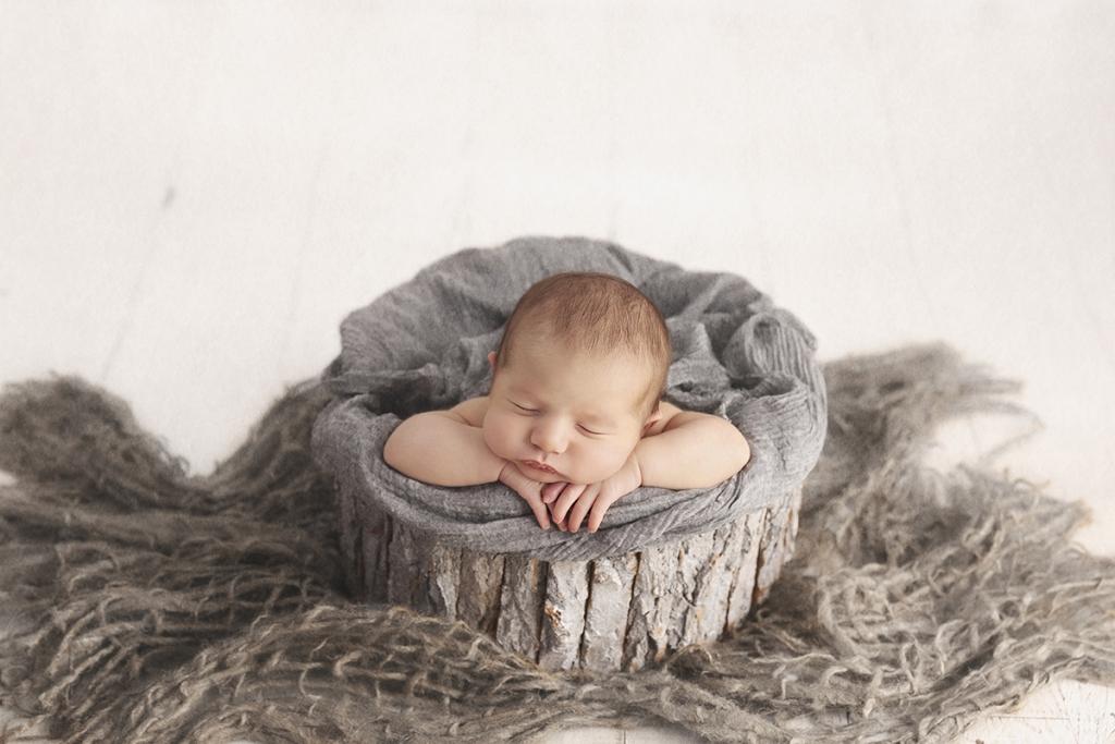 newborn baby pics